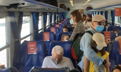 Sovraffollamento sui treni per ritardi e coincidenze perse, serve maggiore attenzione