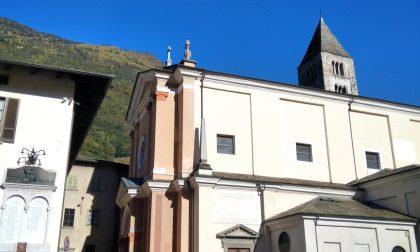 Villa saluta l'arrivo in paese di don Luigi Pedroni