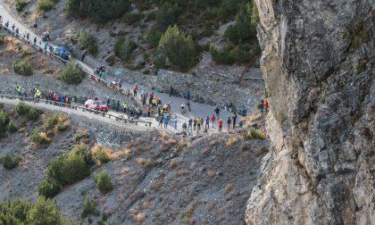 Giro d'Italia: le foto dalla tappa vinta da Hindley