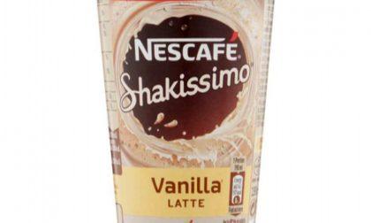 Nescafé Shakissimo ritirato dai supermercati per possibile presenza di acqua ossigenata