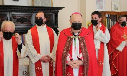 Tutta la comunità di Teglio abbraccia il nuovo arciprete don Francesco