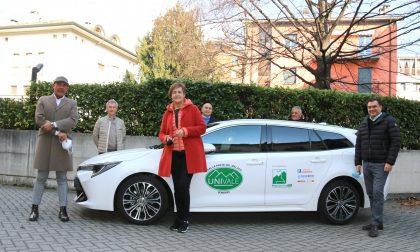 Univale acquista un'auto per i pazienti oncologici grazie al bando 2020 della Fondazione Pro Valtellina