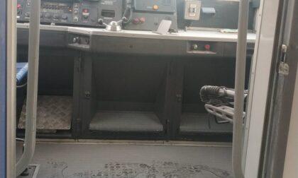Delinquenti scatenati: un altro treno vandalizzato sulla linea Tirano-Milano