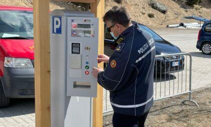 Valfurva, scatta il pagamento nel parcheggio la Fonte