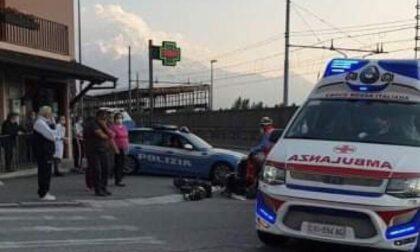 36enne finisce all'ospedale dopo incidente in monopattino