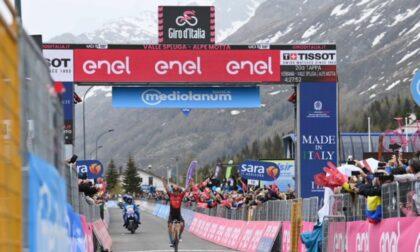 Giro d'Italia: Caruso vince sull'Alpe Motta