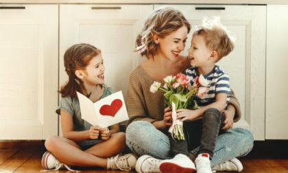 Fai gli auguri alla tua mamma: sabato 8 maggio i messaggi sulle pagine di Centro Valle