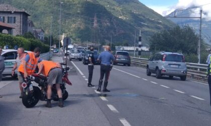 Incidente sulla Statale 38, paura per un motociclista