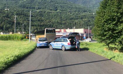 Incidente tra auto e pullman, ferito un 40enne