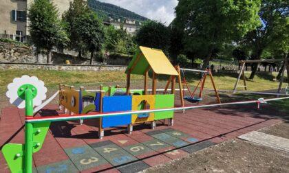 Nuovo spazio inclusivo del parco giochi