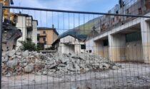 Spettacolare demolizione capannone in via Cabasso