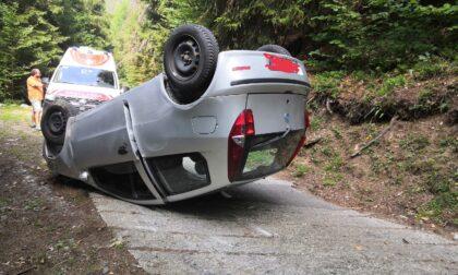 Auto ribaltata ad Albosaggia, due feriti