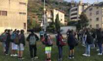 Alla Torelli l'anno scolastico inizia con una protesta contro le classi pollaio